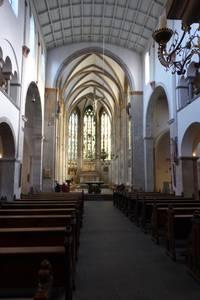 Blick vom romanischen Teil in den gotischen Teil