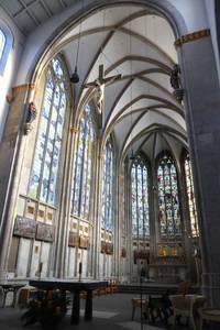 Der lichtdurchflutete gotische Teil von St. Ursula