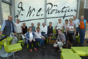 lehrer nrw-Besuchergruppe im Röntgenmuseum