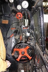 Ausschnitt aus dem Führerstand der Lok-Baureihe 01