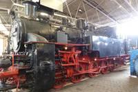 Lok mit Dreizylinder-Antrieb