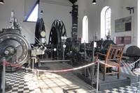 Fördermaschine und Seilscheiben im ehem. Maschinenhaus